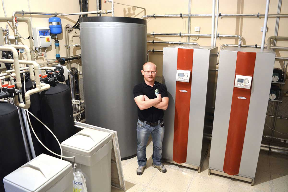Тепловые насосы Heliotherm типа Грунт-Вода для отопления дома 915 кв. м. Киевская обл.